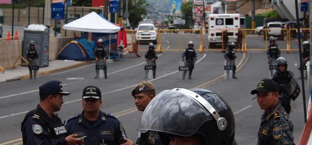 Las Antorchas protestas masivas y en Huelga de Hambre – Honduras exige el fin de la corrupción